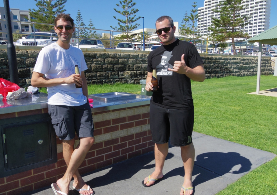 Blog un tour a deux voyage travel australie perth scarborough beach surf barbecue