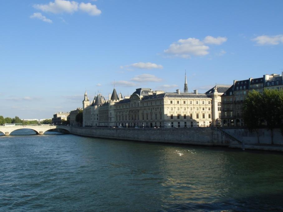 PARIS et la Seine - untouradeux.com