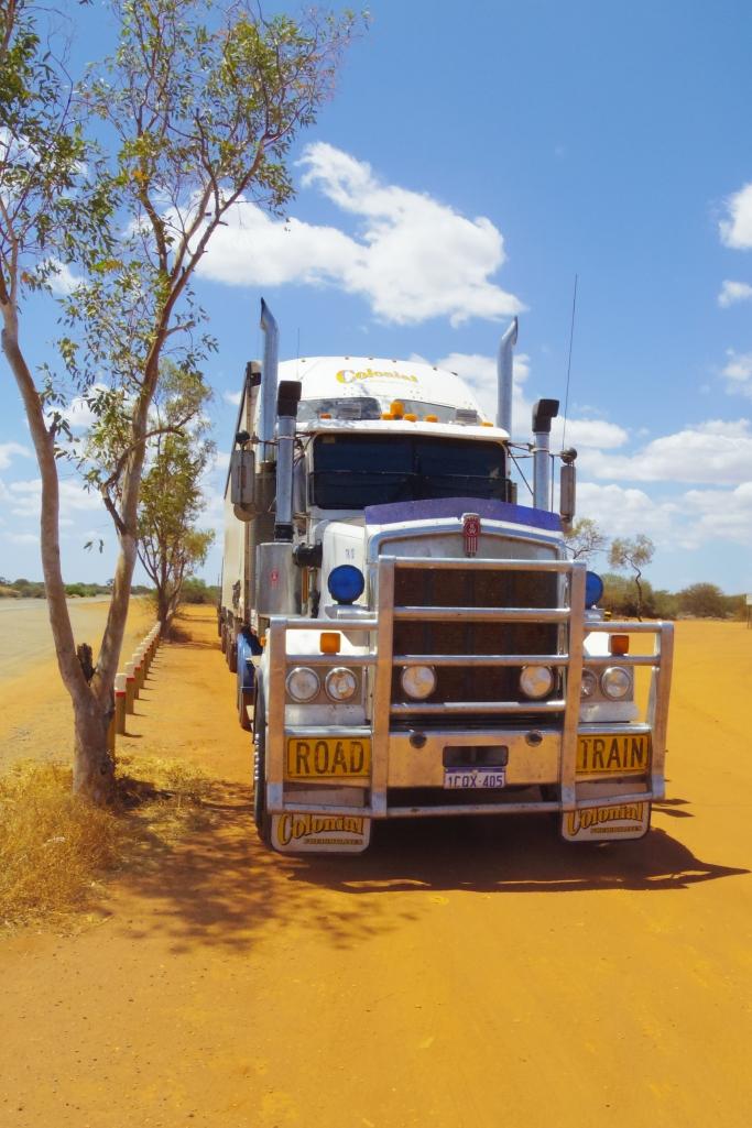 Billabong truck by untouradeux