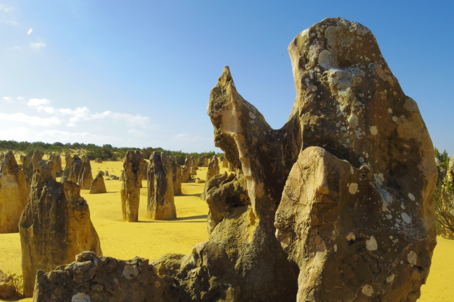 Pinnacles by untouradeux.com