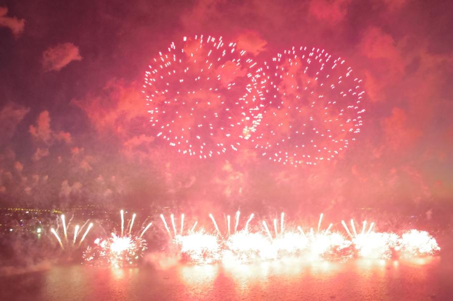 Australian Day Fireworks 2b by un tour a deux