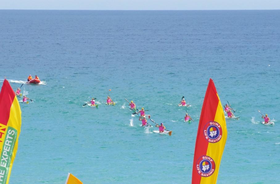 Un tour a deux blog australie perth plage scarborough surf life saving canoes