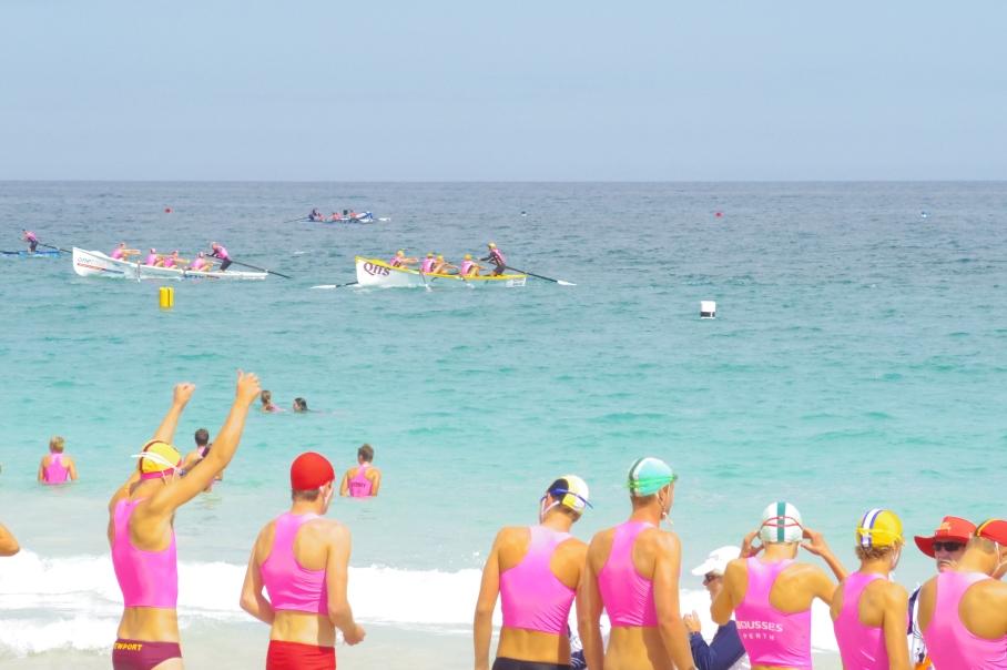 Un tour a deux blog australie perth plage scarborough surf life saving embarcation