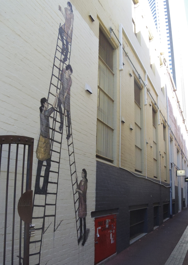 Un tour a deux travel voyage australie Perth Peint Art in the city Wolf Lane Ladder