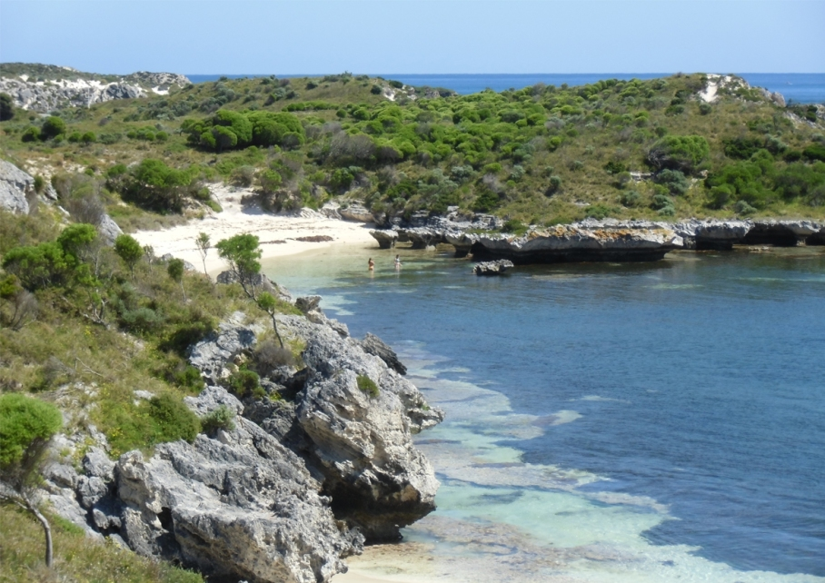 Un tour a deux blog voyage travel perth australia rottnest island rocher plage beach little bay australie