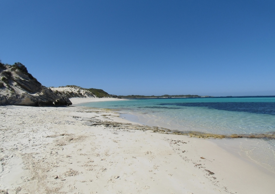 Un tour a deux blog voyage travel perth australia rottnest island rocher plage beach little bay plage mer sable blanc