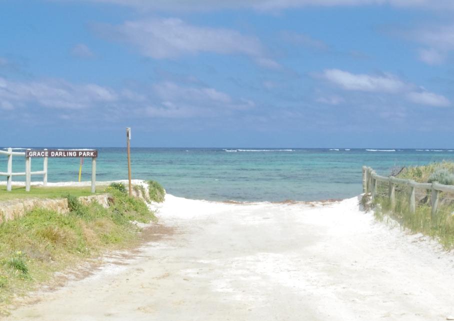 Un tour a deux blog voyage travel perth australia lancelin western australia vue acces beach plage s untouradeux.com