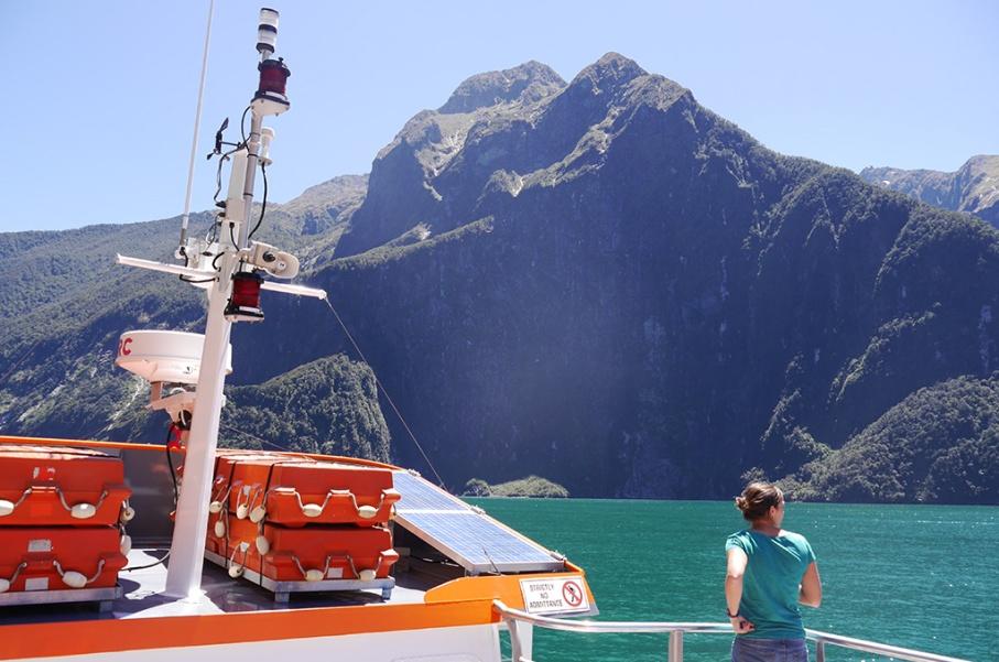 Un tour a deux blog voyage travel nouvelle zelande new zealand milford sound montagnes eau randonnee croisiere bateau untouradeux.com