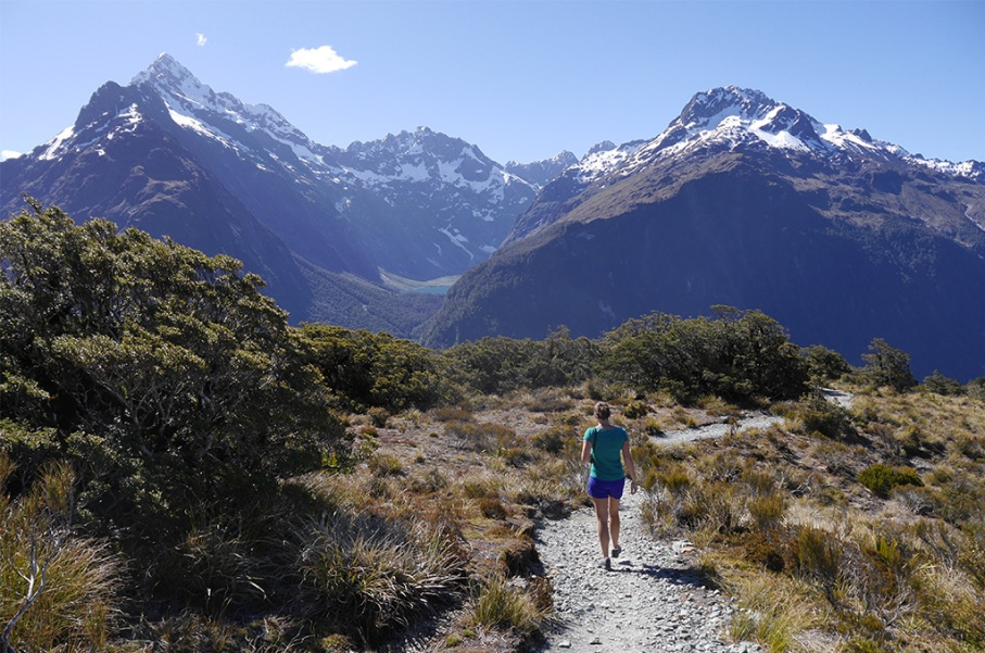 Un tour a deux blog voyage travel nouvelle zelande new zealand milford sound montagnes eau randonnee untouradeux.com