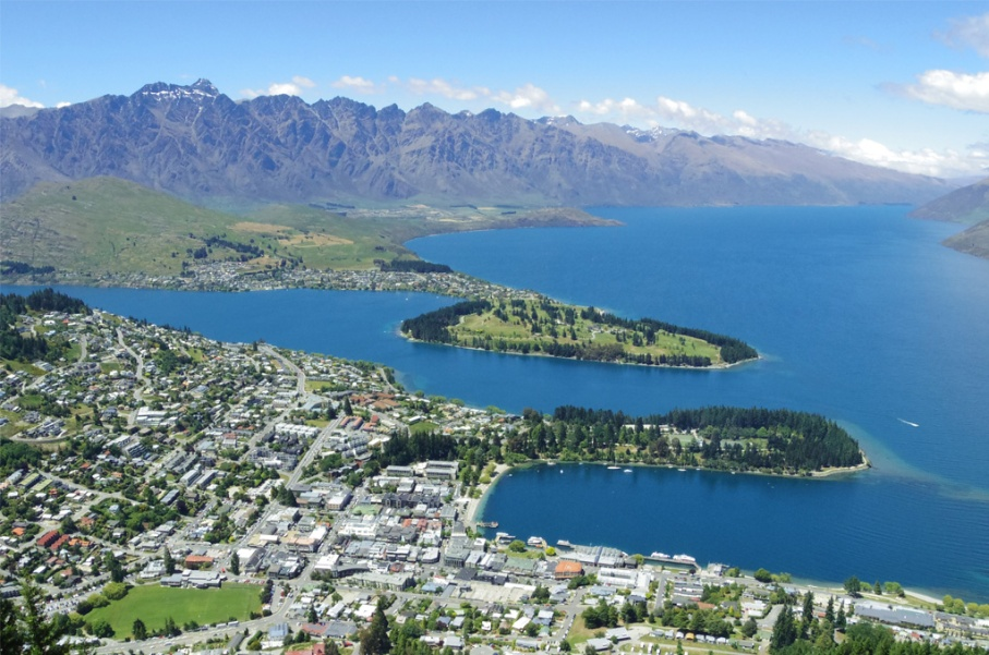 Un tour a deux blog voyage travel nouvelle zelande new zealand queenstown ben lomond track randonnee vue view hill untouradeux.com