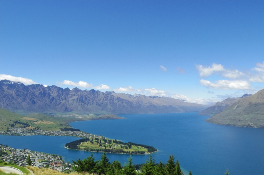 Un tour a deux blog voyage travel nouvelle zelande new zealand queenstown ben lomond track randonnee vue view untouradeux.com