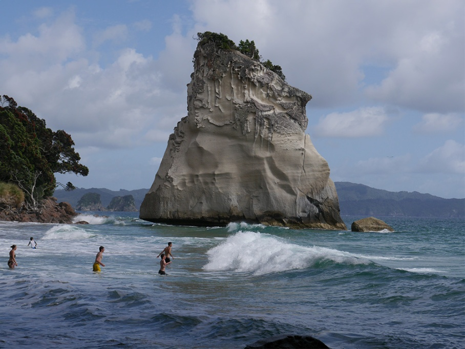 Blog Nouvelle Zelande travel voyage untouradeux tauranga vieuw vue tauranga mauro mouton arche ombre coromandel vague mer ocean
