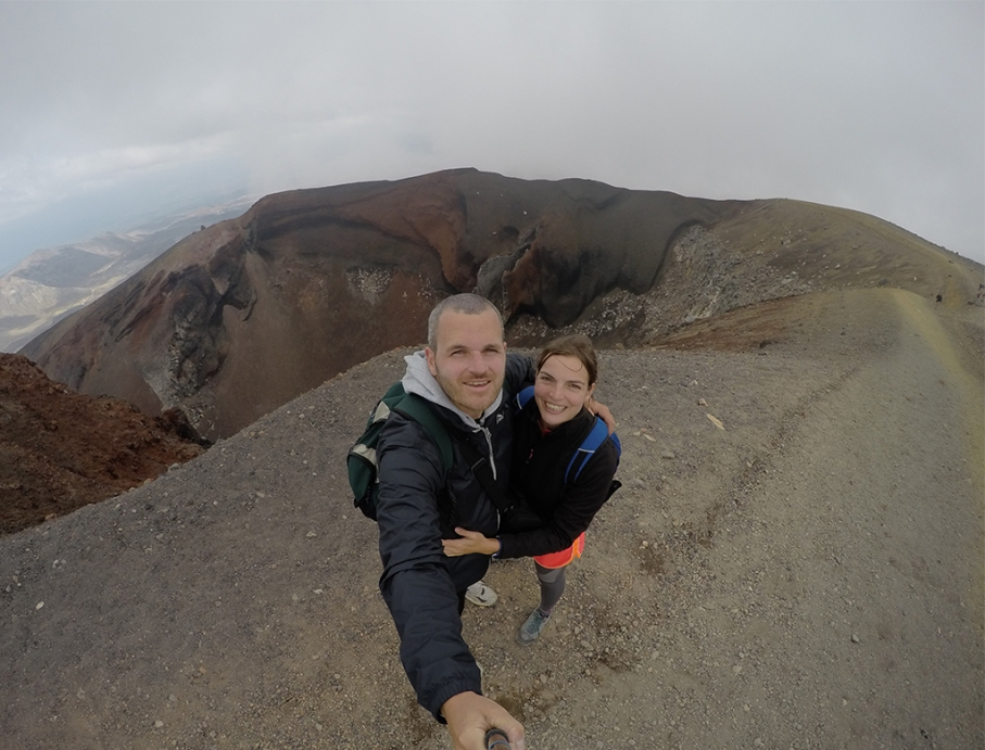 Un tour a deux blog travel voyage nouvelle zelande new zealand tongariro alpine crossing selfie red crater