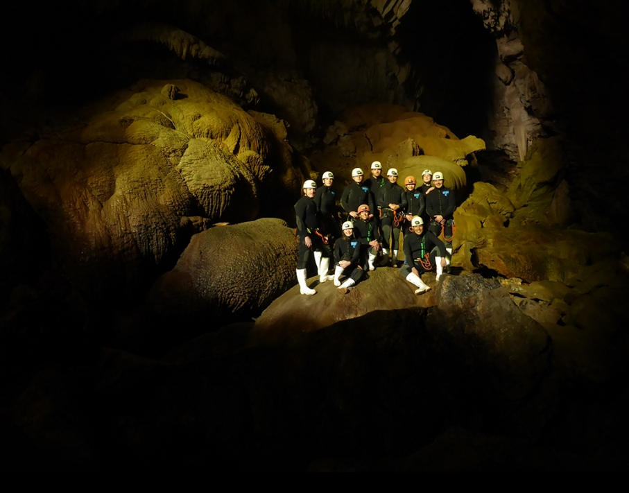 Un tour a deux blog voyage travel nouvelle zelande new zealand waitomo cave world epic tour photo equipe