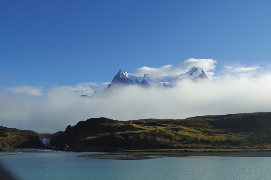 Un tour a deux blog voyage travel chile torres del paine patagonia trek holiday lake